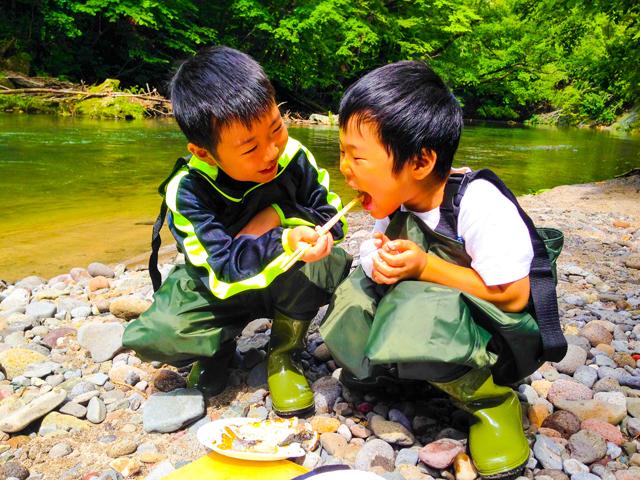 子どもも楽しい渓流釣り